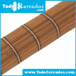 Store de madera natural marrón