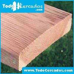 Liston de madera 7 X 3 X 300 cm.